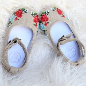 Infant Shoes with Floral Embroidery